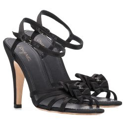 Chanel Bow Details Sandals