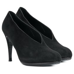 Hermes V-cut Vamp Pumps