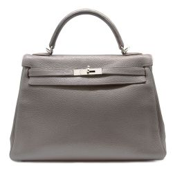 Pre-loved Hermès 32cm Kelly Bag in Etain Togo Leather by Rewind Vintage.