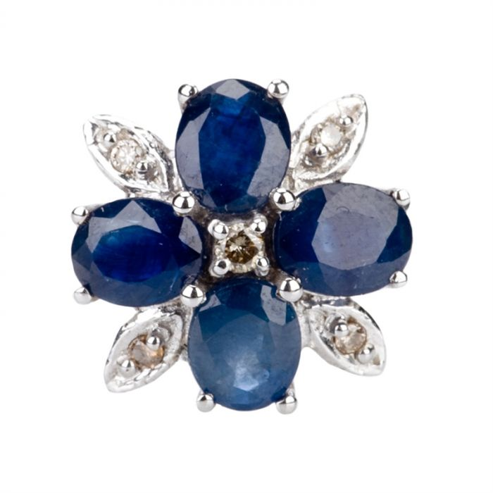 14-Carat Diamond and Sapphire Ring